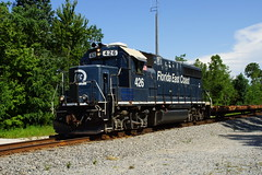 FEC GP40-2 #426 AT SAYBROOK, FL (railfan1967) Tags: floridaeastcoast emd gp402426 saybrook florida mow