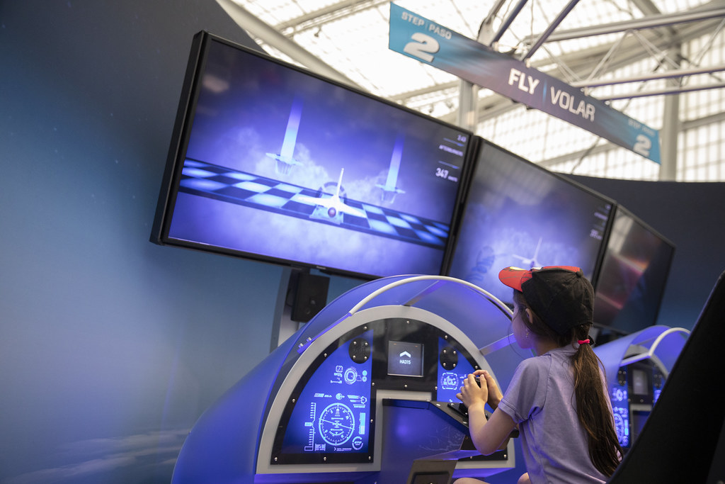 Above and Beyond � The Ultimate Flight Exhibition