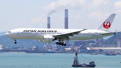 JA706J (JN_YAU) Tags: vhhh japanairlines boeing777 ja706j