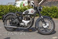 BSA  190531-152-C7 ©JVL.Holland (JVL.Holland John & Vera) Tags: bsa zestienhoven holland netherlands canon rotterdam europe nederland lr rtm ehrd rotterdamthehagueairport jvlholland bike transport motorbike motor motorfiets motorcycles