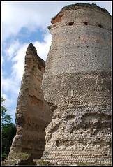 Templo de Vésone (Perigueux, Francia, 1-5-2009) (Juanje Orío) Tags: francia perigueux 2009 france europa europe europeanunion unióneuropea ruina templo ruinas