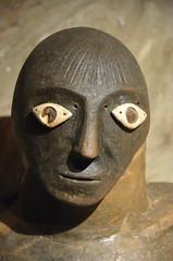 Il y a 2500 ans... (RarOiseau) Tags: italie chiancianoterme toscane archéologie musée intérieur têtedecanope surlestracesdesétrusques