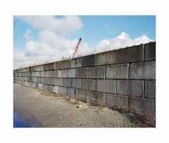 ** (ha*voc) Tags: mamiya7ii 65mm rangefinder film 6x7 mediumformat 120 kodakportra400 wormerveer wall abstraction industrial empty concrete