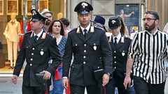 Italy: Florence, uniforms in the street (Henk Binnendijk) Tags: firenze florence tuscany toscane italy italia italië people street uniforms men candid stripes