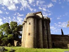 Granadilla (santiagolopezpastor) Tags: espagne españa spain cáceres provinciadecáceres extremadura medieval middleages castle castillo chateaux pueblo abandonado nubes