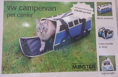 VW Pet Carrier (andreboeni) Tags: vw petcarrier holdall bag veedub volkswagen splittie splitscreen transporter bulli kombi t1 van camper classic car automobile cars automobiles voitures autos automobili classique voiture rétro retro auto oldtimer klassik classica classico advert advertisement cat chat