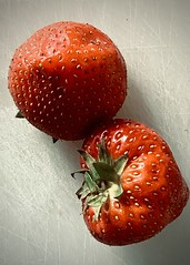 strawberry (delnaet) Tags: aardbei strawberry fraise fruit rood red rouge erdbeere morango fresa fragola ichigo