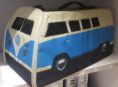 VW Pet Carrier (andreboeni) Tags: vw petcarrier holdall bag veedub volkswagen splittie splitscreen transporter bulli kombi t1 van camper classic car automobile cars automobiles voitures autos automobili classique voiture rétro retro auto oldtimer klassik classica classico