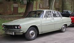 HUJ 597N (Nivek.Old.Gold) Tags: 1974 rover 2200 sc p6