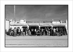 """El Palmar, una mirada personal: """"La Cervecería"""" (Jose Luis Durante Molina) Tags: bn trip blackandwhite bw españa costa blancoynegro monocromo coast spain monochromatic andalucia viajes cadiz spanien aperitivo cerveceria spagne monocromatico el palmar vejercosta"""
