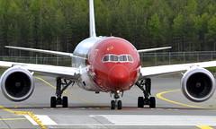 Norwegian LN-LNC, OSL ENGM Gardermoen (Inger Bjørndal Foss) Tags: lnlnc norwegian boeing 787 dreamliner osl engm gardermoen