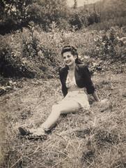 Clara in the country (explore) (Robert Barone) Tags: clara clarabarone italianamerican italoamericani nyc newyorkcity bianconero blackandwhite fotodepoca mother vintage 1950 1949 explore bolero