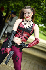 MCM London Film & Comic Con, May 2019 (Sean Sweeney, UK) Tags: mcm london film comiccon comic con lfcc excel 2018 nikon d750 dslr uk united kingdom mcmldn19 cosplay costume candid candids gun harleyquinn dc pistol suicidesquad suicide squad comics