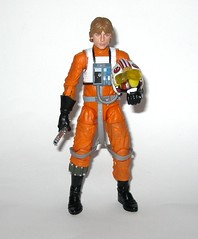 luke skywalker x-wing pilot star wars the black series archive series basic action figures 2019 hasbro i (tjparkside) Tags: luke skywalker xwing pilot x wing star wars black series archive blue 2018 2019 basic action figure figures 6 six inch rebel rebels episode 4 iv four new hope anh blaster blasters pistols pistol rifle rifles 10 2015 death trench run removable helmet lightsaber hilt blade ignited hasbro