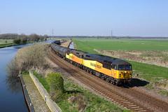 56113 + 56090 Godnow Bridge 29/3/19 (Ram 69) Tags: 56090 56113 godnowbridge 6e32 colasrailfreight class56 grids