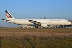 F-GTAZ, Airbus A321-212, c/n 4901, AF-AFR-Air France, CDG/LFPG 2019-02-20, onto taxiway Alpha-Loop. (alaindurandpatrick) Tags: af afr airfrance airlines airliners jetliners a321 a321200 airbus airbusa321 airbusa321200 cdg lfpg parisroissycdg airports aviationphotography fgtaz cn4901 a321212 airbusa321212