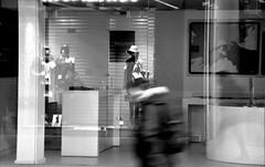 Suddenly he appeared (jaume zamorano) Tags: blackandwhite blancoynegro blackwhite blackandwhitephotography blackandwhitephoto bw d5500 gente lleida monochrome monocromo nikon noiretblanc nikonistas pov people street streetphotography streetphoto streetphotoblackandwhite streetphotograph urban urbana view