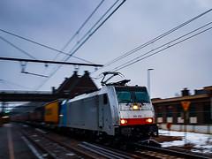 DB Cargo 186 492 met hupac trein @ Diest (Avinash Chotkan) Tags: br186 traxx bombardier hupac trains fullspeed belgium railpool dbcargo 186492