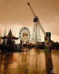 Juegos entre lluvia (Amy Charlize) Tags: amycharlize focosocial rain memory reflection winter