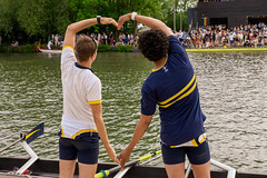 We <3 you guys (FlickrDelusions) Tags: oxford riverthames oxfordshire isis rowing summereights england unitedkingdom river eights thames ourc