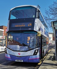 First Norwich 35201 is at a bus stop on Castle Meadow while on route 24 to Queen Hills via Dereham Road. - SK16 GWA - 1st April 2019 (Aaron Rhys Knight) Tags: firsteasterncounties firstnorwich 35201 sk16gwa 2019 castlemeadow norfolk norwich first wrightbusstreetdeck