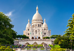 IMG_7211 - The Basilica of the Sacred Heart of Paris (AlexDROP) Tags: 2011 france europe paris travel color building city urban architecture cityscape daylight cathedral church landmark canon5d tamronspaf70300mmf4056divcusd best iconic famous mustsee picturesque postcard