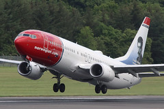 Boeing 737 EI-FVX Norwegian - Edinburgh Airport 6/6/19 (robert_pittuck) Tags: boeing 737 eifvx norwegian edinburgh airport 6619
