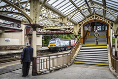 43238 leaves Gleneagles (robmcrorie) Tags: gleneagles station scotland liner hst class 43 high speed train inter city 125 43238 1z10 nikon d850