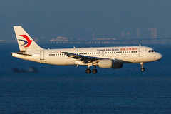 CHINA EASTERN A320-214 B-2410 002 (A.S. Kevin N.V.M.M. Chung) Tags: aviation aircraft aeroplane airport airlines airbus plane spotting chinaeastern a320series a320