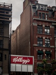 Kellogg's (jacopast) Tags: unionsquare kellogg kelloggunionsquare shotwithhalide