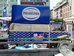 Dillo con Philadelphia (partyinfurgone) Tags: philadelphia epoca evento furgone hippie milano noleggio promo promozione pubblicità pulmino storico t2bar vintage volkswagen vw