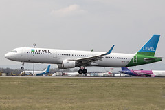 OE-LCN   Level   Airbus A321-211(WL)   CN 6454   Built 2015   VIE/LOWW 04/04/2019   ex D-ABCN, HB-JOU (Mick Planespotter) Tags: aircraft airport 2019 nik sharpenerpro3 oelcn level airbus a321211wl 6454 2015 vie loww 04042019 dabcn hbjou flight schwechat vienna a321