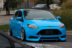 Smurfing (Arturo Hurtado) Tags: ford st stancenation canibeat slammed stancewi lowered midwestmodified modified wcec automotion wheels blue turbo tunerevolution chicago outdoor auto canon rebelt2i amateur carshow car slow neckbreakers