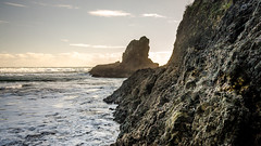 The scramble back (Stefan Marks) Tags: raeakiakipoint tasmansea wigmorebay bay cloud headland nature ocean outdoor rock sky aucklandwaitakere northisland newzealand