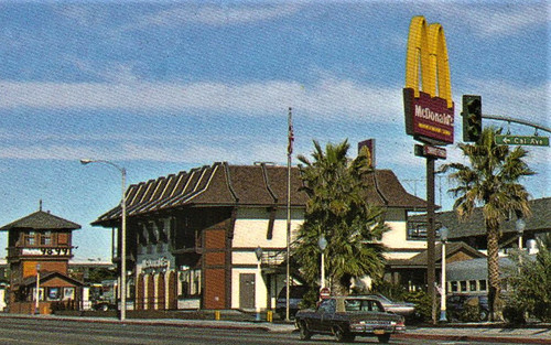 Mcdonald S 2 Story Restaurant In Barstow California A