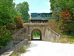 FLSR 465 Over North Hillham Arch (dtrohdenburg) Tags: frenchlick scenicrailway norton indiana stonearchbridge