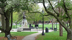 Fountain in West Side Park (Roger Inman) Tags: fountain westsidepark champaignparkdistrict champaign