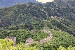 Wall and watchtowers (Geoff Main) Tags: china greatwall beijing mutianyu