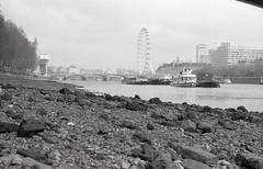 Kosmofoto London roll (Alexander Savin) Tags: kosmofoto 35mm film blackandwhite olympusom10 olympus london city