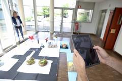 Quatrième édition du concours RobotY'c (Département des Yvelines) Tags: quatrièmeéditionduconcoursroboty'c2019 robotbatelier finaledelaquatrièmeéditionduprojetrobotyc iutdemantesenyvelines ateliersetstandsélèvesrobotyc numériquetablette tablette yvelinesnumériques