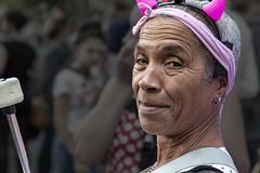 Diablotin (Xtian du Gard) Tags: xtiandugard portrait rides femme cheveuxblancs sourire nîmes gard france woman