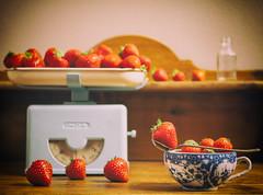 Délicieuses (ccedric.com) Tags: ccédric vintage cuisine fruits fraises ccedriccom