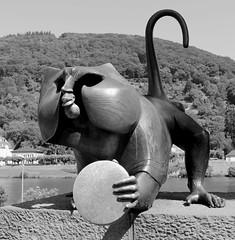 Heidelberg 💖 (ᗰᗩᖇᓰᗩ ☼ Xᕮ∩〇Ụ) Tags: germany deutschland γερμανια χαϊδελβέργη heidelberg brückenaffe bridgemonkey