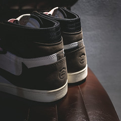 Travis Scott's x Nike Air Jordan 1. (Andy @ Pang Ket Vui ( shootx2 )) Tags: travis scott's air jordan 1 cactus jack sneaker shoes fujifilm x100f hype street fashion