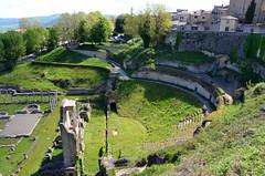 Volrerra (RarOiseau) Tags: italie toscane vert ruine antiquité théâtre rempart saariysqualitypictures volterra