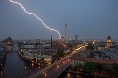 Lightning over the City (Berlin/Germany) (Light Levels Photoworks) Tags: berlin architecture atmosphere adventure alexanderplatz architektur fernsehturm allemagne berliner world city urban storm tower nature weather night germany landscape deutschland photography lights nikon cityscape view nightshot nacht outdoor dusk earth perspectives wideangle citylights stadt d750 thunderstorm dämmerung nikkor paysage blitz landschaft gewitter thunder eclair orage wetter perspektive twillight viewpoints nikond750