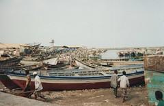 Boutres dans le port d'Al-Hodeïda (Jauss) Tags: mer port redsea merrouge boutre alhodeïda harbour hafen rotesee داو dhow اليَمَن الحديدة yémen yemen