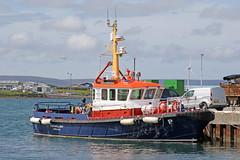 Kirkwall Bay pilot boat (Roger Wasley) Tags: kirkwallbay kirkwall boat harbour vessel orkney scotland pilot
