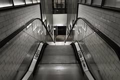 METRO DE MADRID (a-r-g-u-s) Tags: escalerasmecanicas metro madrid otis escaleras