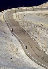 l'enfer du col des Tempêtes, dans l'ascension finale du Mont Ventoux... Reynald ARTAUD (Reynald ARTAUD) Tags: 2019 fin mai provence mont ventoux ascension vélo enfer col tempêtes reynald artaud